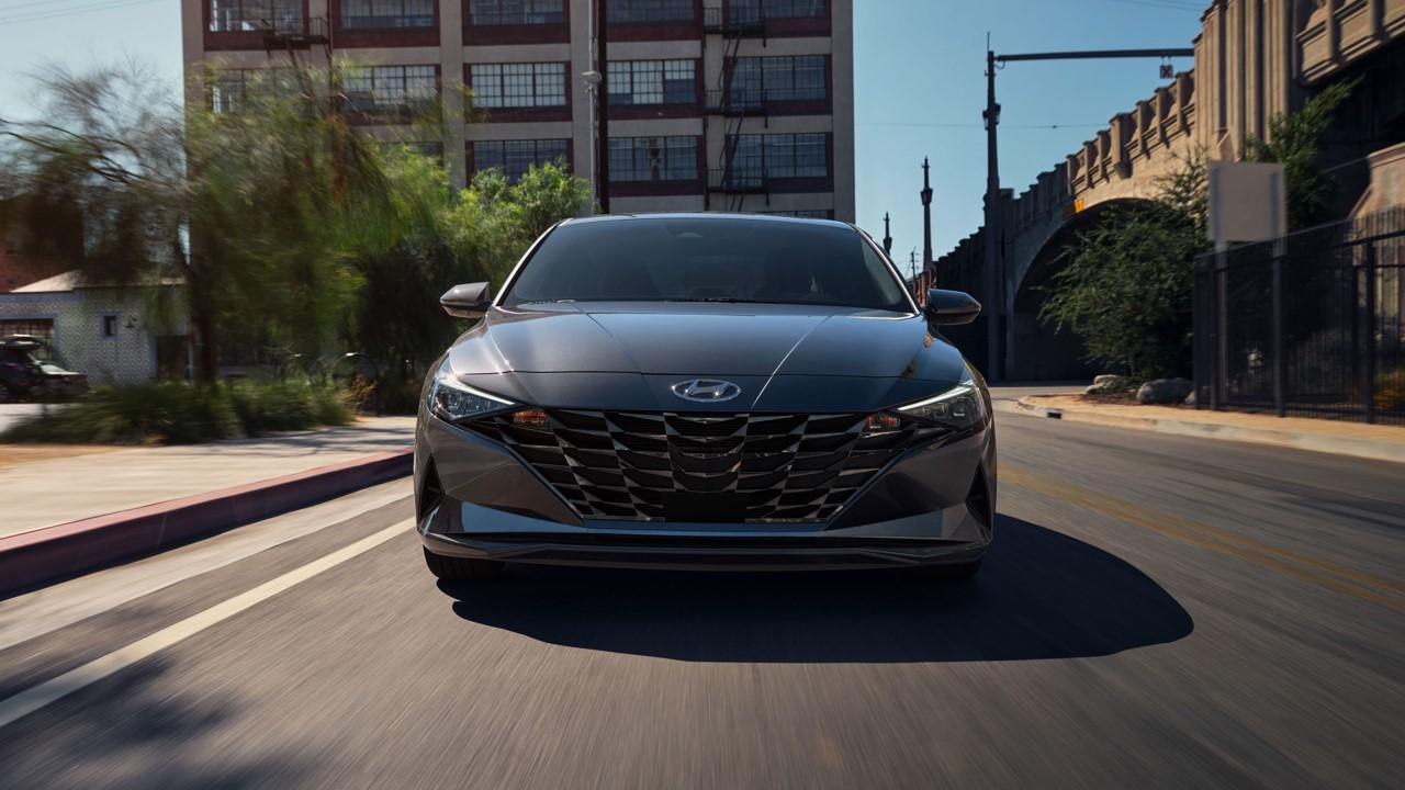 2021 Hyundai Elantra - Exterior 2